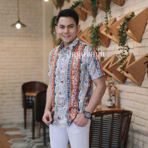 Jayabaya Batik Azwa Kemeja Batik Pria Lengan Pendek