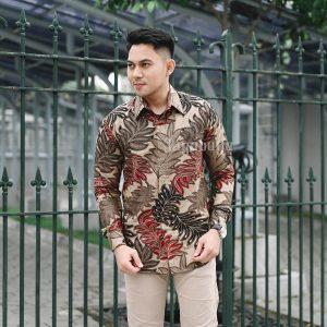 Jayabaya Batik Gandareja Kemeja Batik Pria Lengan Panjang