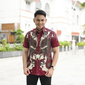 Jayabaya Batik Mahesa Kemeja Batik Pria Lengan Pendek