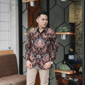 Jayabaya Batik Kayana Kemeja Batik Pria Lengan Panjang