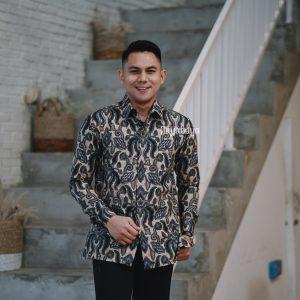 Jayabaya Batik Wijaya Kemeja Batik Pria Lengan Panjang
