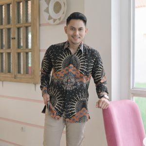 Jayabaya Batik Arundaya Kemeja Batik Pria Lengan Panjang