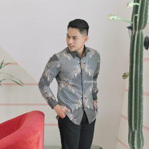 PRE ORDER Jayabaya Batik Wagindra Kemeja Batik Pria Lengan Panjang