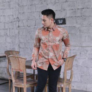 Adhikari Kemeja Batik Pria Lengan Panjang