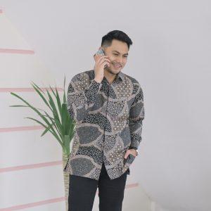 Jayabaya Batik Andaru Kemeja Batik Pria Lengan Panjang