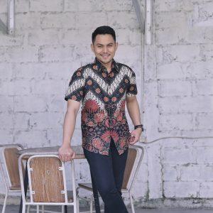 Jayabaya Batik Wisnuwardhana Kemeja Batik Pria Lengan Pendek