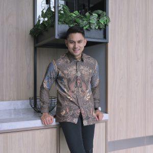 Jayabaya Batik Pamungkas III Kemeja Batik Pria Lengan Panjang